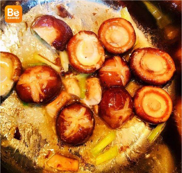 シイタケのミートボールと青梗菜スープ-024