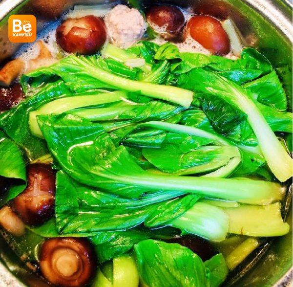 シイタケのミートボールと青梗菜スープ-025