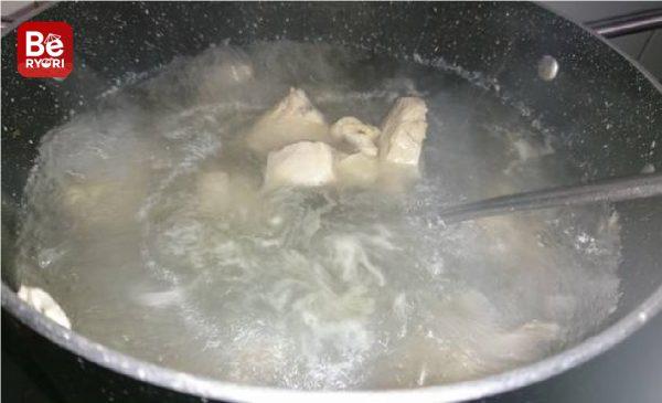 鶏肉と塊茎のスープ2